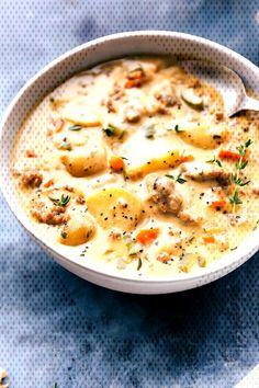 #chelseasmessyapron #comforting #potatoes #sausage #veggies #italian #comfort #cheesy #creamy #pot... Sausage Potato Soup, Italian Sausage Soup, Chelsea's Messy Apron, Baby Potatoes, Best Comfort Food, Food Dishes, Cheeseburger Chowder, Veggies, Ethnic Recipes