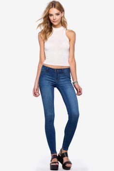 Джинсы Размеры: 1/2, 3/4, 9/10, 11/12 Цвет: синий Цена: 1829 руб.     #одежда #женщинам #джинсы #коопт