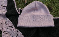 Uutar Knitted Hats, Knitting, Fashion, Moda, Tricot, Fashion Styles, Breien, Stricken, Weaving