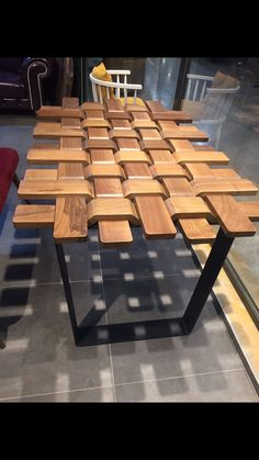 A one-stop shop for carpentry projects - Woodworking Tips and Tricks Woodworking Projects Diy, Woodworking Furniture, Fine Woodworking, Diy Wood Projects, Woodworking Equipment, Woodworking Machinery, Sketchup Woodworking, Wooden Pallet Crafts, Woodworking Joints
