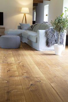 Floors, Villa, Couch, Interior Design, Country, Inspiration, Furniture, Home Decor, Flooring