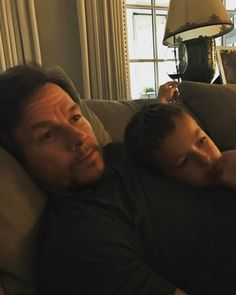 Mark Wahlberg enjoys an evening on the couch with his son Brendan. Actor Mark Wahlberg, Donnie Wahlberg, Ava Phillippe, Star Family, Look At The Stars, Celebs, Celebrities, Mini Me, New Kids