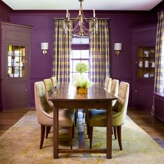 Purple + Gold - love!  Thu built in hutch in the corners is great too!