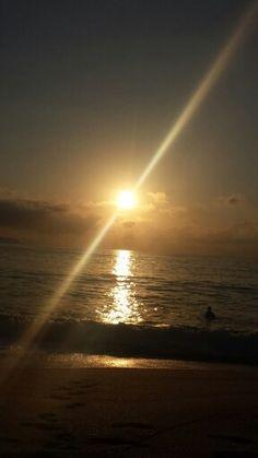 Nascer do sol em Trindade / RJ