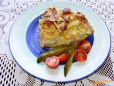 ZAPEČENÉ BRAMBORY Z MLETÝM MASEM French Toast, Breakfast, Food, Morning Coffee, Eten, Meals, Morning Breakfast, Diet