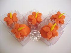 Festa Moana Baby, Bolo Moana, Peach, Candy, Fruit, Maria Alice, Cake Pop, Disney Princesses, Food