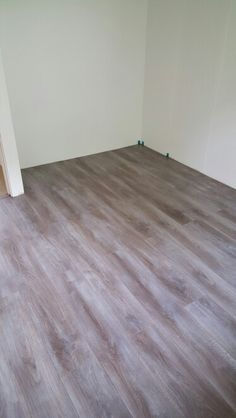 New floor chalked taupe oak