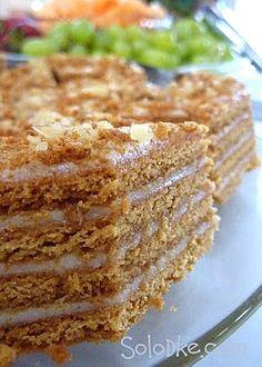 Solodke: Торт Сметанник, рецепт Russian Cakes, Russian Desserts, Ukrainian Recipes, Russian Recipes, Baking Recipes, Cake Recipes, Dessert Recipes, Easy Cake Decorating, Sweet Cakes