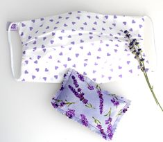 Washable Face Mask Purple Hearts doubled with of 100% cotton with Lavender Mens Face Mask, Face Masks For Kids, Lavender Sachets, Go Shopping, Sewing Patterns, Purple Hearts, Fabric, Cotton, How To Make