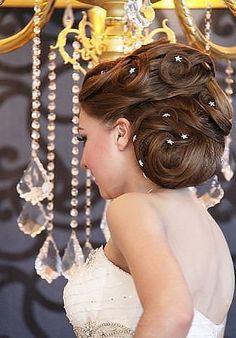 Bent inside the curly hair with a sprockets #hot #sexy #hairstyles #hairstyle #hair #long #short #medium #buns #bun #updo #braids #bang #greek #braided #blond #asian #wedding #style #modern #haircut #bridal #mullet #funky #curly #formal #sedu #bride #beach #celebrity #simple #black #trend #bob #girls