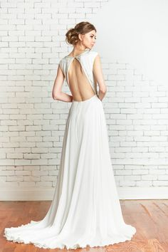 Rebecca Schoneveld, Wren gown, hand beaded and embroidered, flowing skirt, keyhole back.