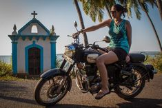 My ride in Goa! Love exploring on a royal enfield motorbike Enfield Bike, Enfield Motorcycle, Motorcycle Style, Royal Enfield Accessories, Royal Enfield Modified, Enfield Himalayan, Girls Driving, Enfield Classic, Royal Enfield Bullet