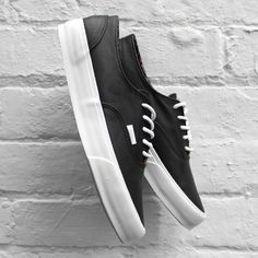 Vans Era Decon CA (Nappa Leather) Black California Collection. Classic Black and white. #vans #shoes http://www.pinterest.com/TheHitman14/my-style-or-lack-there-of/