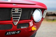 Looking for the Alfa Romeo GTA of your dreams? There are currently 6 Alfa Romeo GTA cars as well as thousands of other iconic classic and collectors cars for sale on Classic Driver. Vintage Racing, Vintage Cars, Alfa Romeo Gta, Gta Cars, Collector Cars For Sale, Race Engines, Best Classic Cars, European Championships, Limited Slip Differential