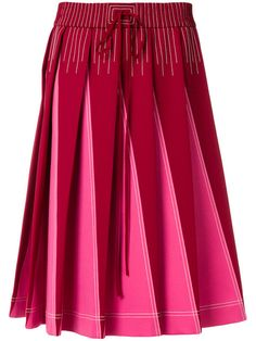 You'll find a great selection of designer pleated skirts at Farfetch. Search from over 2000 designers and hundreds of boutiques for the perfect pleated skirt Cute Skirts, A Line Skirts, Pink Pleated Skirt, Fashion Outfits, Womens Fashion, Fashion Trends, Batik Dress, Mermaid Skirt, Valentino