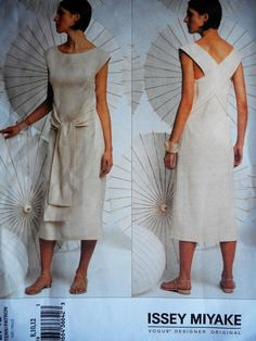 32b3f997eef662 Vogue Designer Original 2748 Issey Miyake Wrap Around Dress Sewing Pattern  8 12