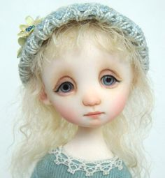 Ana Salvador Dolls - this one makes me think of the picture I had in my head of Luna Lovegood