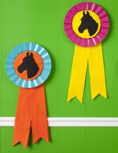 Scroll down once on the page for instructions on making these cute ruffle-edge ribbons!