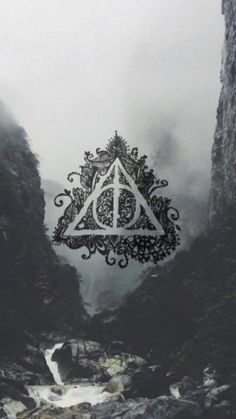 Deathly hollows Harry Potter background