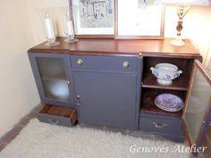 Mueble modernista gris y madera Genoves Atelier