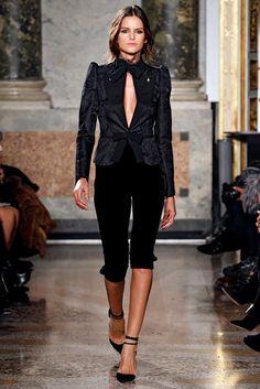 Emilio Pucci Fall 2011 Ready-to-Wear Fashion Show - Izabel Goulart