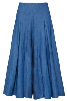 18 Pairs of Culottes That Will Renew Your Love for Cropped Pants Salwar Designs, Kurta Designs Women, Kurti Designs Party Wear, Blouse Designs, Indian Fashion Dresses, Dress Indian Style, Pakistani Dresses Casual, Stylish Dress Designs, Stylish Dresses