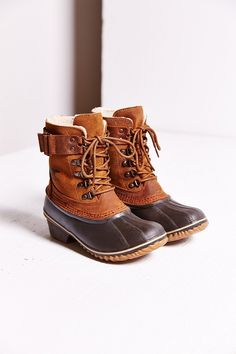 sorel winter fancy lace-up boot - urban outfitters