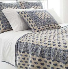Pine Cone Hill Annette Blue Quilt Featuring an elaborate, Indian-inspired pattern of paisleys, flowers, and vines in a stunning ink-blue hue, this cotton quilt looks incredible on its own or juxtaposed against neutrals and bright bedding coordinates. Transitional Living Rooms, Transitional Decor, Transitional Kitchen, Bright Bedding, Blue Quilts, Cool Beds, Linen Bedding, Bed Linens, Dorm Bedding
