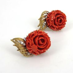 1960-s-0-30ct-Diamond-Natural-Carved-Coral-14K-Gold-Flower-Clip-Earrings