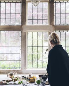 The windows are beautiful! Simplicity In Life, Meditation Altar, Interior Architecture, Interior Design, Hygge Home, Modern Country, Simple Pleasures, Life Is Beautiful, A Table