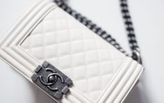 NEW IN: SMALL CHANEL BOY / OFF WHITE - Bags - Shopping - Fashion - Kira Kosonen