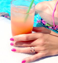 Chillin' by the pool #zinzi #silver #jewelry