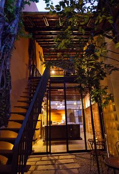SECRET PENANG SPICE The renovation and conversion of four historic shophouses into a boutique homestay in George Town, Malaysia creates a beautifully updated example of Straits Eclectic architecture. spices_residence_9