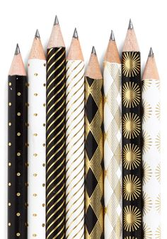 Stationery of the Art Pencil Set. Write each 'Hello!' and 'Thank You' - along with the rest of your heartfelt correspondences - with this set of art-deco-inspired pencils from Chronicle Books. Art Pencil Set, Back To School Supplies, Office Supplies, Diy Papier, Black White Gold, White Art, Grafik Design, Op Art, Paper Goods