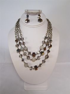 Tri-strand Gold Necklace Set w/Agate, Beads, Crystals Fashion Jewelry 102401