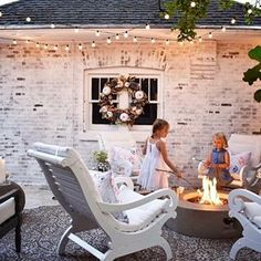 Nights on the patio are just around the corner. The kids are counting down to summer... are you? Post from,one of our FAVORITES ❤ Susan from @kindredvintage is a talented, and sweet lady - and knows how to Limewash a house! www.romabio.com . . Romabio Classico Limewash comes in 7 colors and is sold at select @homedepot stores and on their website with free shipping. . . . #RomabioPaints #RomabioClassicoLimewash #limewash #limewashbrick #Romabio #outdoorliving #Smores #HGTV