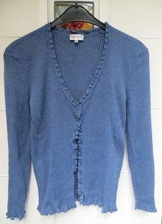 Kaufe meinen Artikel bei #Kleiderkreisel http://www.kleiderkreisel.de/damenmode/cardigans/106426408-schoner-cardigan-in-blau-von-misterlady