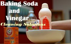 16 Best Baking Soda and Vinegar Cleaning Solutions Baking Soda For Skin, Baking Soda Face Scrub, Baking Soda Cleaning, Baking Soda Uses, Oven Cleaning, Toilet Cleaning, Cleaning Hacks, Vinegar In Dishwasher, Clean Microwave Vinegar