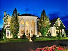 WEB LUXO - Imóveis de luxo: Palaciano Grove, uma moradia exótica no Canadá