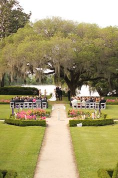 Charleston Weddings - Middleton Place via Loren Routhier Photography