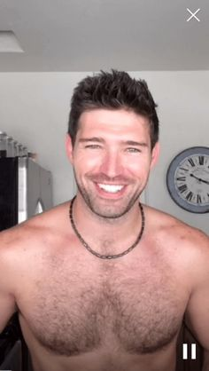 Male Model Bo Roberts Is the Sexiest Man Live-Streaming His Studly Life on Periscope