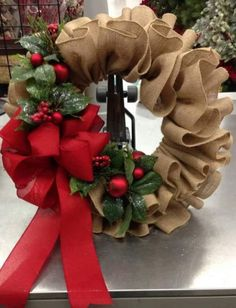 Diy christmas wreaths 376332112612572471 - 36 Creative Christmas Wreath Ideas That Will Beautify Your Day – GoodNewsArchitecture Source by Christmas Design, Christmas Crafts, Christmas Ornaments, Christmas Trees, Christmas Holiday, Christmas Candles, Modern Christmas, Christmas Quotes, Scandinavian Christmas