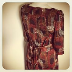 Lili dress with retro print #TAMAR LANDAU #modest chic