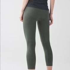 Zone In Crop Brand new with tags, size 4 in gator green lululemon athletica Pants Ankle & Cropped