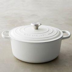 Le Creuset Signature Cast-Iron Matte Round Dutch Oven | Williams-Sonoma
