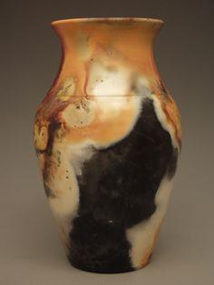 2011 pit fired vase #14 - Sumi von Dassow