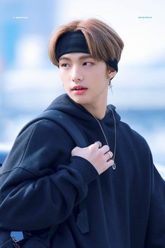 uploaded by: i see that i'm icy❄️ Lee Min Ho, Talking To The Moon, Sung Lee, Felix Stray Kids, Kids Wallpaper, Rainbow Wallpaper, Jolie Photo, Lee Know, Boyfriend Material