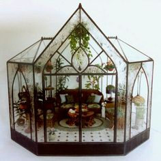 this time I will share some pictures of the design of a miniature greenhouse. miniature glass house this is very cool and amazing craft th. Miniature Rooms, Miniature Fairy Gardens, Miniature Houses, Mini Gardens, Miniature Greenhouse, Greenhouse Plans, Glass Display Case, Display Cases, Glass Terrarium