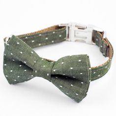 This classic olive denim dot bow tie dog collar is a great accessory for year round wear or a casual special occasion. * Heavy weight webbing, reinforced with double stitching for durability * Curved