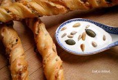 11 csodás ropogós vagy puha gyors sós süti | NOSALTY Hungarian Recipes, Scones, Kenya, Sausage, Biscuits, Bakery, Potatoes, Pudding, Cheese